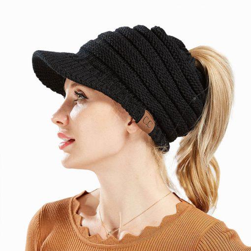 mũ len beret nữ Hya Black màu đen