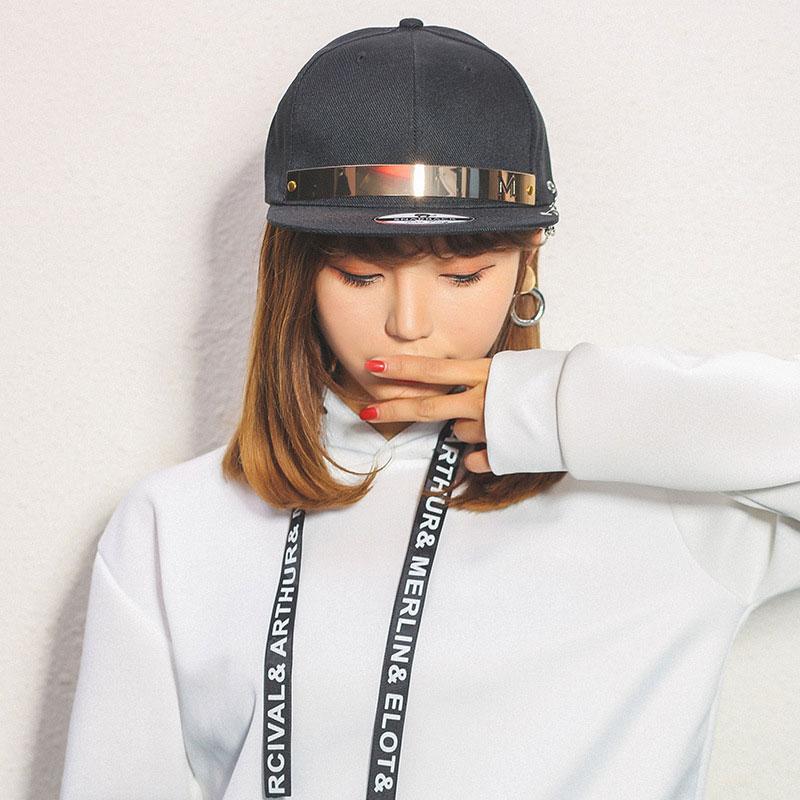 mũ snapback nữ crafts black màu đen