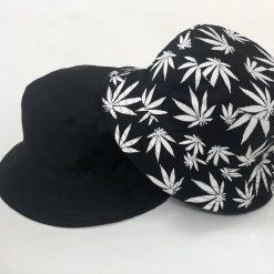 mũ bucket lá đen