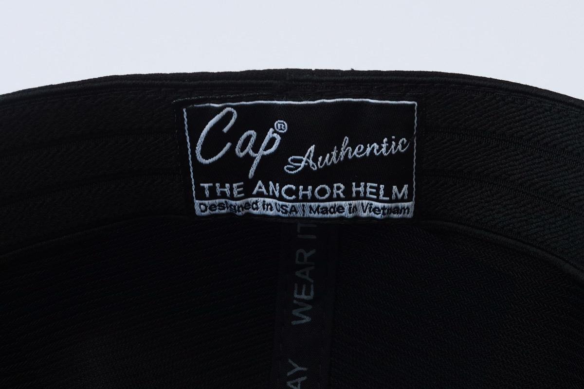 chi tiết mũ lưỡi trai anchor and helm tag trong