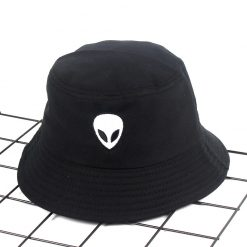 mũ bucket Alien Black