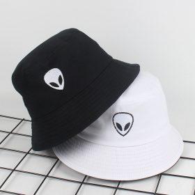 mũ bucket Alien Black