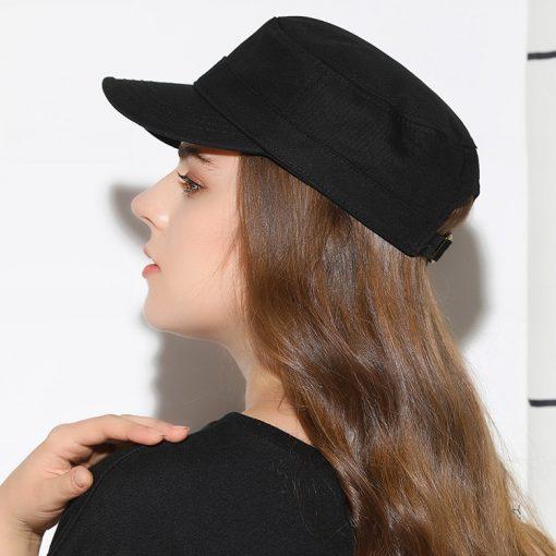 mũ lưỡi trai nữ chóp phẳng flat top màu đen mặt sau