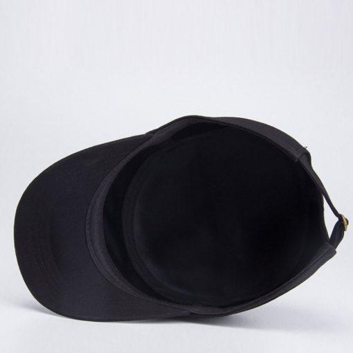 chi tiết mặt trong mũ lưỡi trai nữ flat top đen