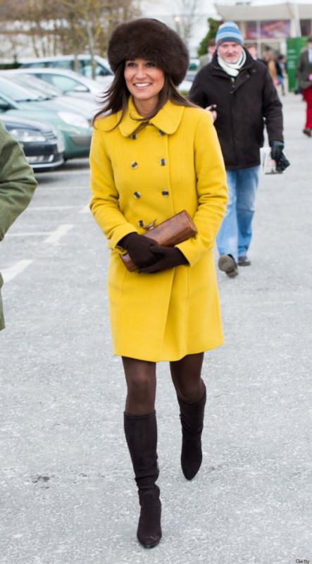 mũ lông và áo khoác lông ấm áp