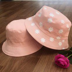 mũ bucket hoa hồng
