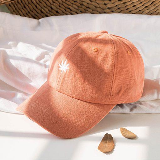 mũ lưỡi trai lá cam